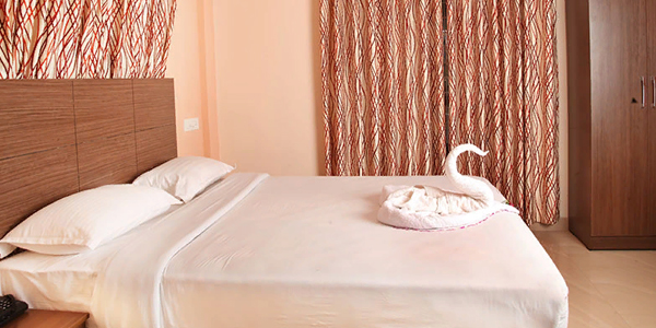 Red Pine Double Bed Room with breakfast
