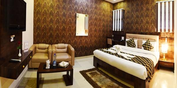 Club Room Triple Bedded
