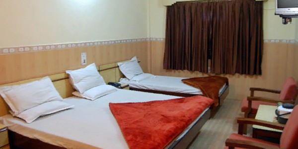 Deluxe Non AC Triple Bed Room Grounr Floor Market Side