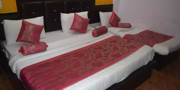 Deluxe AC Triple Bed Room with Breakfast