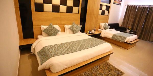 Standard Triple Bed Room