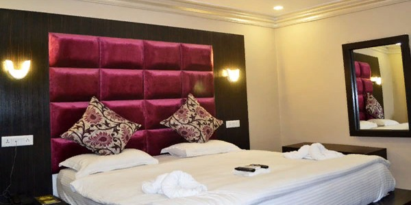 Premium Double Bed Room With Breakfast