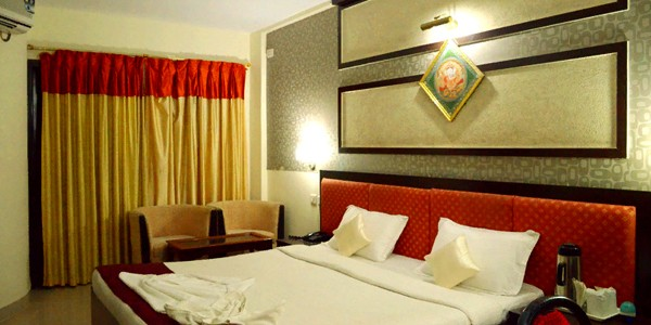 Deluxe AC Double Bed Room
