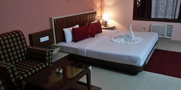 Deluxe AC Triple Bed Sea Facing Room with Breakfast