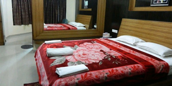 VIP Suite AC Double Bed Room