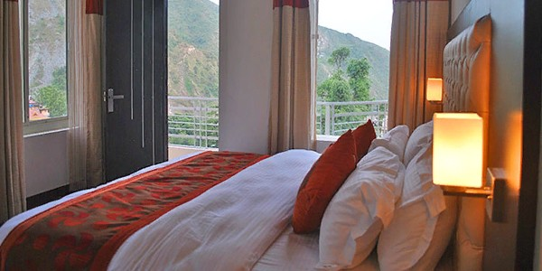 Hotel Triund Heights